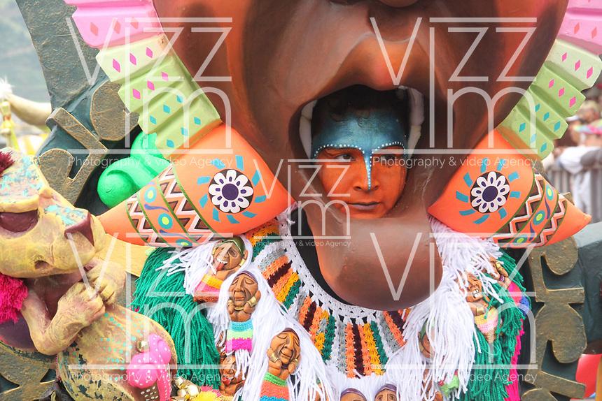 PASTO- COLOMBIA, 6-01-2018:Desfile Magno del 6 de enero en el Carnaval de Pasto. La Senda del Carnaval, de unos 7 kilómetros aproximadamente,  se convirtió en una muestra efímera de arte de los pastusos, cuando cientos de artistas desfilaron ante miles de personas, mostrando el diseño, el moldeado, la escultura y color en cada creación./Magno parade on January 6 at the Pasto Carnival. The Path of Carnival, about 7 kilometers, became an ephemeral art show of the pastuses, when hundreds of artists paraded before thousands of people, showing the design, molding, sculpture and color in each creation.<br />   .Photo: Vizzorimage / Leonardo Castro  / Contribuidor