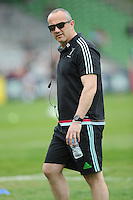 Conor O'Shea, Harlequins Director of Rugby, before the Aviva Premiership match between Harlequins and Exeter Chiefs at The Twickenham Stoop on Saturday 7th May 2016 (Photo: Rob Munro/Stewart Communications)