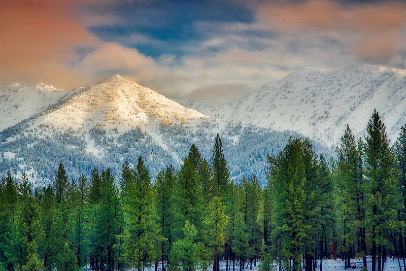 Sunrise on the Elkhorn Range from the Elkhorn Drive National Scenic Byway. Oregon