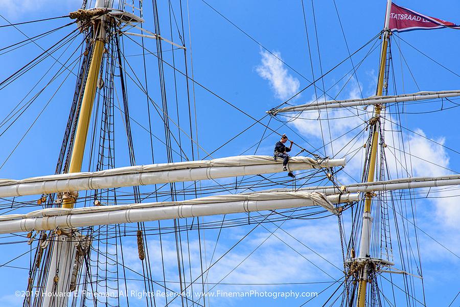High-up sail repairs on Statsraad Lenmkuhl