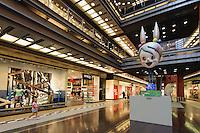 """Einkaufs- und Kulturzentrum Alte Brauerei (Stary Browar) in Posnan (Posen), Woiwodschaft Großpolen (Województwo wielkopolskie), Polen Europa<br /> Shopping- and cultural center """"Old Brewery"""" (Stary Browar)  in Posnan, Poland, Europe"""