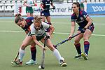 v.li.: Fiona Felber (MHC, 6), Julia Hemmerle (Mülheim, 2), Julia Meffert (MHC, 97), Zweikampf, Spielszene, Duell, duel, tackle, tackling, Dynamik, Action, Aktion, 01.05.2021, Mannheim  (Deutschland), Hockey, Deutsche Meisterschaft, Viertelfinale, Damen, Mannheimer HC - HTC Uhlenhorst Mülheim <br /> <br /> Foto © PIX-Sportfotos *** Foto ist honorarpflichtig! *** Auf Anfrage in hoeherer Qualitaet/Aufloesung. Belegexemplar erbeten. Veroeffentlichung ausschliesslich fuer journalistisch-publizistische Zwecke. For editorial use only.