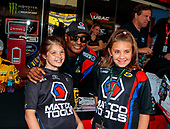 Antron Brown, Matco Tools, top fuel, pitpass, fans
