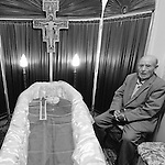 Soldier Giovanni Antonio Carta, The day he died,  in the funeral chamber. The perfect life of a soldier. The story of Giovanni Antonio Carta