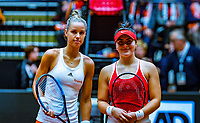 Den Bosch, The Netherlands, Februari 10, 2019,  Maaspoort , FedCup  Netherlands - Canada, first match Sunday : Arantxa Rus  (NED) (L) vs Bianca Andreescu (CAN)<br /> Photo: Tennisimages/Henk Koster
