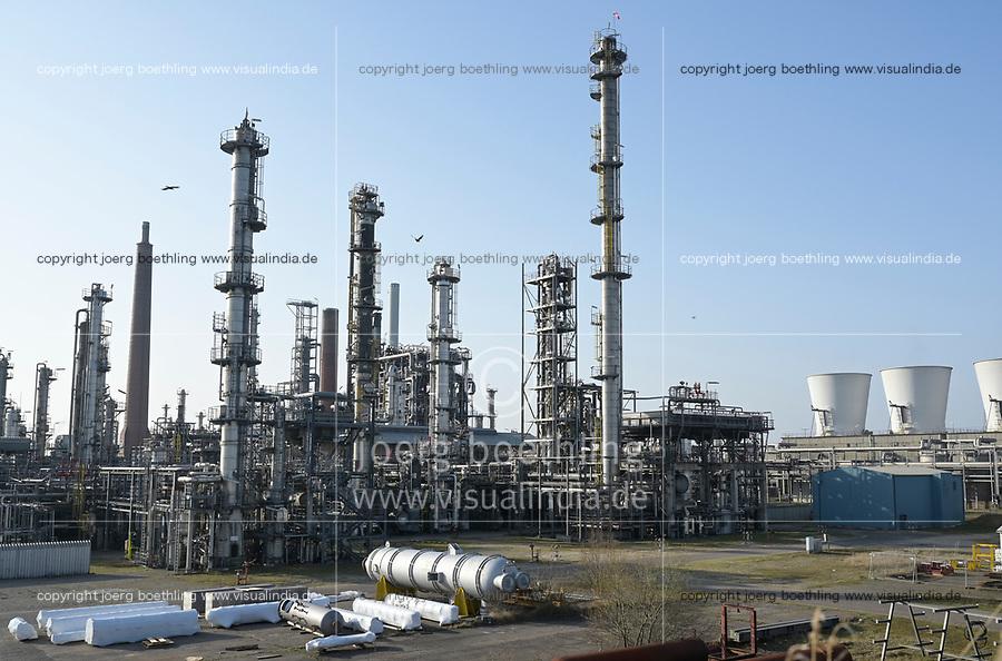 Germany, Hydrogen Project, oil refinery Heide, planned site for green hydrogen plant from windpower / DEUTSCHLAND, Wasserstoff-Projekt Westküste 100, Konsortium Partner Ölraffinerie in Heide, hier ist eine Anlage zur Erzeugung von grünem Wasserstoff aus Windstrom geplant