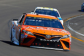 2017 Monster Energy NASCAR Cup Series<br /> Camping World 500<br /> Phoenix International Raceway, Avondale, AZ USA<br /> Sunday 19 March 2017<br /> Daniel Suarez, ARRIS Toyota Camry and Michael McDowell, Leavine Family Racing<br /> World Copyright: Russell LaBounty/LAT Images<br /> ref: Digital Image 17PHX1rl_6761