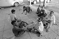 - Mozambique 1993, children's game in the capital Maputo<br /> <br /> - Mozambico 1993, gioco di bambini nella capitale Maputo