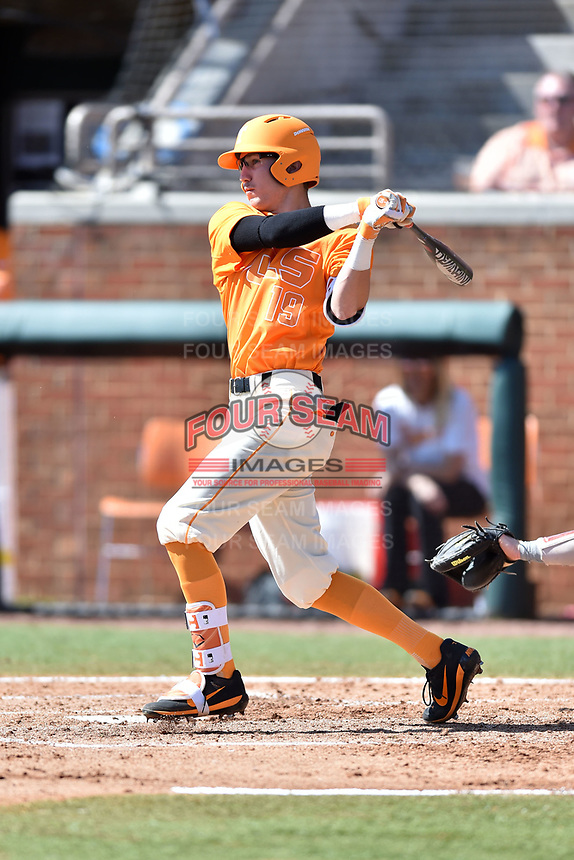 Tennessee Volunteers shortstop Max Bartlett (19) swings at a pitch during a game against the South Carolina Gamecocks at Lindsey Nelson Stadium on March 18, 2017 in Knoxville, Tennessee. The Gamecocks defeated Volunteers 6-5. (Tony Farlow/Four Seam Images)