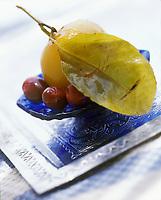 """Afrique/Maghreb/Maroc/Essaouira : Citron confit et olives - Recette de Fatima-Zohra Lakrik cuisinère de la villa """"Maroc"""""""