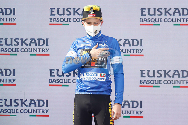 Jonas Vingegaard (DEN) Jumbo-Visma wins the young rider classification at the end of Stage 6 of the Itzulia Basque Country 2021, running 111.9km from Ondarroa to Arrate, Spain. 10th April 2021.  <br /> Picture: Luis Angel Gomez/Photogomezsport | Cyclefile<br /> <br /> All photos usage must carry mandatory copyright credit (© Cyclefile | Luis Angel Gomez/Photogomezsport)