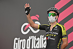 Simon Yates (GBR) Mitchelton-Scott at sign on before the start of Stage 3 of the 103rd edition of the Giro d'Italia 2020 running 150km from Enna to Etna (Linguaglossa-Piano Provenzana), Sicily, Italy. 5th October 2020.  <br /> Picture: LaPresse/Massimo Paolone | Cyclefile<br /> <br /> All photos usage must carry mandatory copyright credit (© Cyclefile | LaPresse/Massimo Paolone)