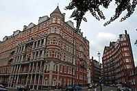 LONDON-UK- 24-05-2008. Aspecto calle del centro de Londres. Street view in downtown London. Photo: VizzorImage