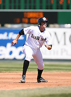 2007:  Jeff Larish of the Erie Seawolves watches the batted ball while running to thrid base vs. the Bowie Baysox in Eastern League baseball action.  Photo by Mike Janes/Four Seam Images