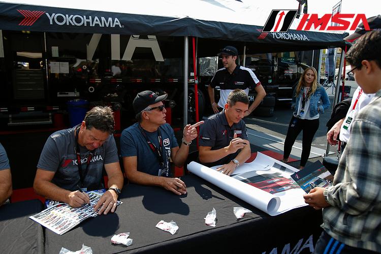 Porsche GT3 Cup Challenge USA<br /> Sonoma Raceway<br /> Sonoma Raceway, Sonoma, CA USA<br /> Saturday 16 September 2017<br /> Autograph Session<br /> World Copyright: Jake Galstad<br /> LAT Images