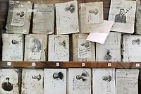 - Viareggio (Toscana), Museo della Marineria e del lavoro subacqueo; libretti di navigazione di marinai<br /> <br /> - Viareggio (Tuscany), Maritime and underwater work Museum; sailors record books