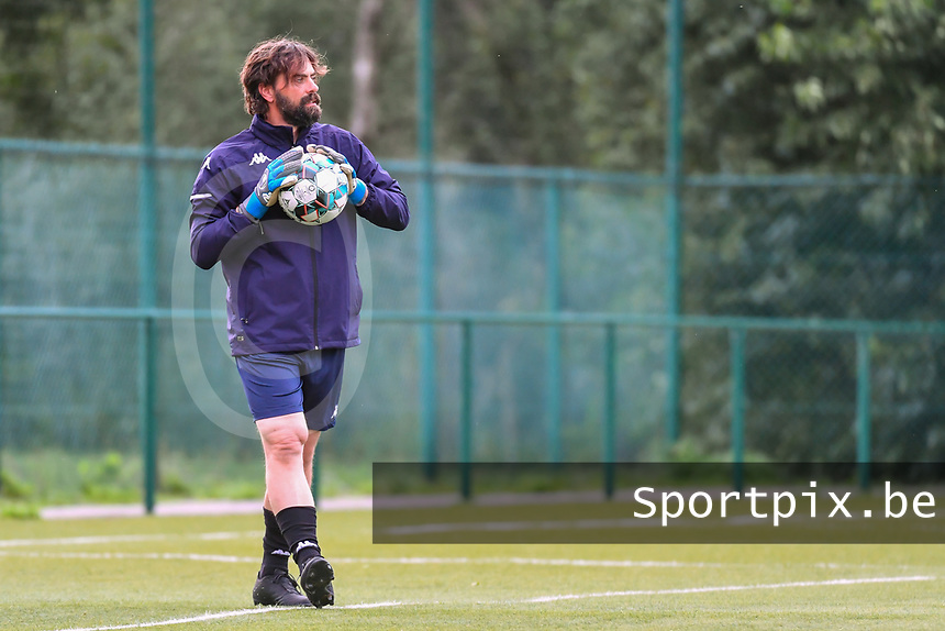 Charleroi's goalkeepercoach Emanuele Lepore pictured during a female soccer game between KRC Genk Ladies and Sporting Charleroi  on the first matchday of the 2020 - 2021 season of Belgian Women's SuperLeague , friday 28 of August 2020  in Genk , Belgium . PHOTO SPORTPIX.BE | SPP | STIJN AUDOOREN