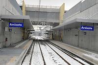 - linea ferroviaria Arcisate-Stabio, aperta dopo nove anni di lavori, collega direttamente la città di Varese e quella svizzera di Mendrisio, Lugano con l'aereoporto internazionale della Malpensa ed è parte del corridoio merci Europeo Genova - Rotterdam; stazione di Arcisate<br /> <br /> - Arcisate-Stabio railway line, opened after nine years of work, directly connects the city of Varese and the Swiss city of Mendrisio, Lugano with the Malpensa international airport and is part of the European freight corridor Genoa - Rotterdam; Arcisate station