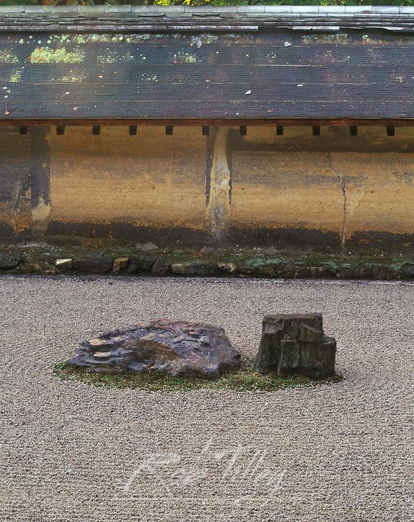 Japan, Kyoto, Ryoanji Temple Rock Garden