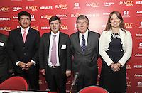 BOGOTA – COLOMBIA – 04-03-2014: Juan Carlos Gonzalez (Izq.) Gerente General Ergofitnes, Santiago cabrera (2Izq.) Director Fundacion CardioInfantil, Fabio Villegas (2Der.) Presidente Ejecutivo Avianca Holdings SA, y Zwannee Linares (Der.) Directora Ventas  Avianca Colombia, durante presentación del RunTour Avianca 2014. La Aeroline Avianca por segundo año consectivo  organiza la Carrera RunTour, a beneficio de los niños de la de la Unidad de Cuidados Intensivos Cardiovascular Pedriatica  de la Fundacion CardioInfantil,  que se disputara el próximo domingo 16 de marzo en una distancia de 10 Kilometros.   / Juan Carlos Gonzalez (L) General Manager Ergofitnes, Santiago Cabrera (2Izq.) Cardioinfantil Foundation director, Fabio Villegas (2Der.)  CEO Avianca Holdings SA and Zwannee Linares, (R) Sales Director Avianca Colombia, during the presentations of the RunTour Avianca 2014. The Aeroline Avianca per second year follow organizes RunTour Race, to benefit the children of the Cardiovascular Intensive Care Unit Pedriatica Cardioinfantil Foundation, which will be played on Sunday March 16 at a distance of 6.2 miles. / Photos: VizzorImage / Luis Ramirez / Staff.