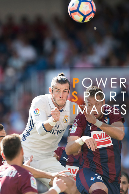 Gareth Bale of Real Madrid in action during their La Liga match between Real Madrid CF and SD Eibar at the Santiago Bernabéu Stadium on 02 October 2016 in Madrid, Spain. Photo by Diego Gonzalez Souto / Power Sport Images
