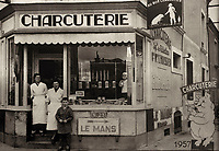 """Europe/France/Normandie/Basse-Normandie/61/Orne/Connerré : Charcuterie """"Després"""" spécialiste de la rillette sarthoise en 1957"""