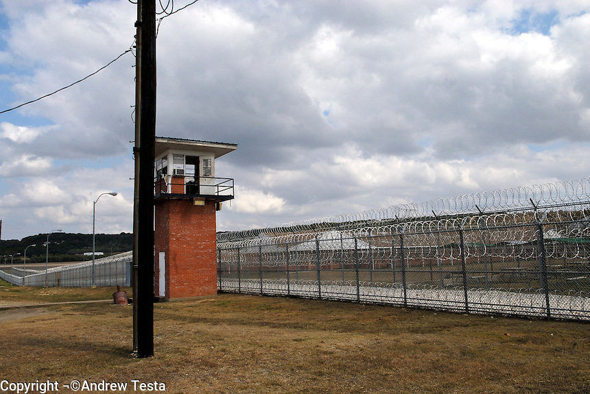 USA. Gatesville. 13th November 2007..The Mountainview Unit , where Linda Carty is on death row..©Andrew Testa