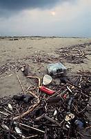 - beach of the Adriatic sea polluted by plastic waste....- spiaggia del mare Adriatico inquinata da rifiuti di plastica........