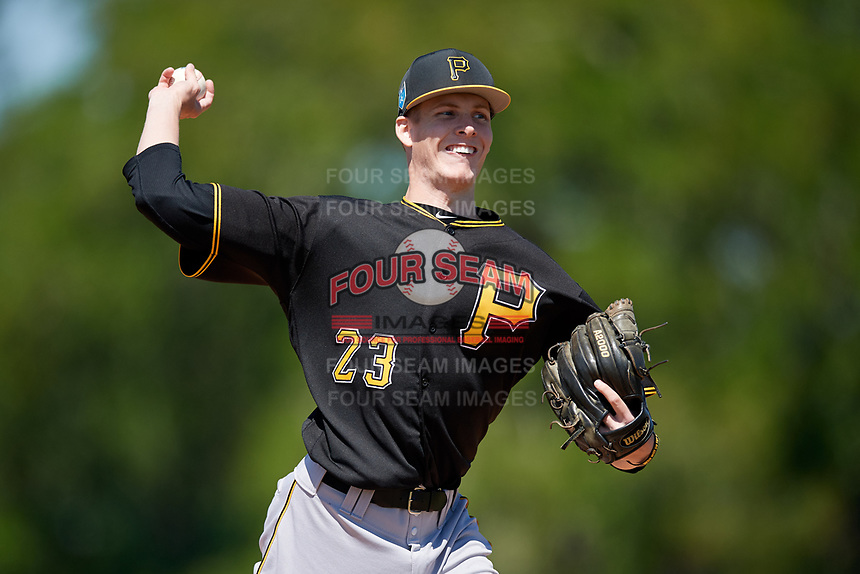 Pittsburgh Pirates pitcher Vince Deyzel (23) during a minor league Spring Training game against the Atlanta Braves on March 13, 2018 at Pirate City in Bradenton, Florida.  (Mike Janes/Four Seam Images)