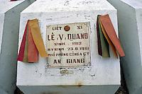 Friedhof am Samberg im Mekongdelta, Vietnam