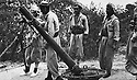 Iraq 1963 .Heavy mortar seized by the peshmergas.Irak 1963.Mortier lourd capture par les peshmergas