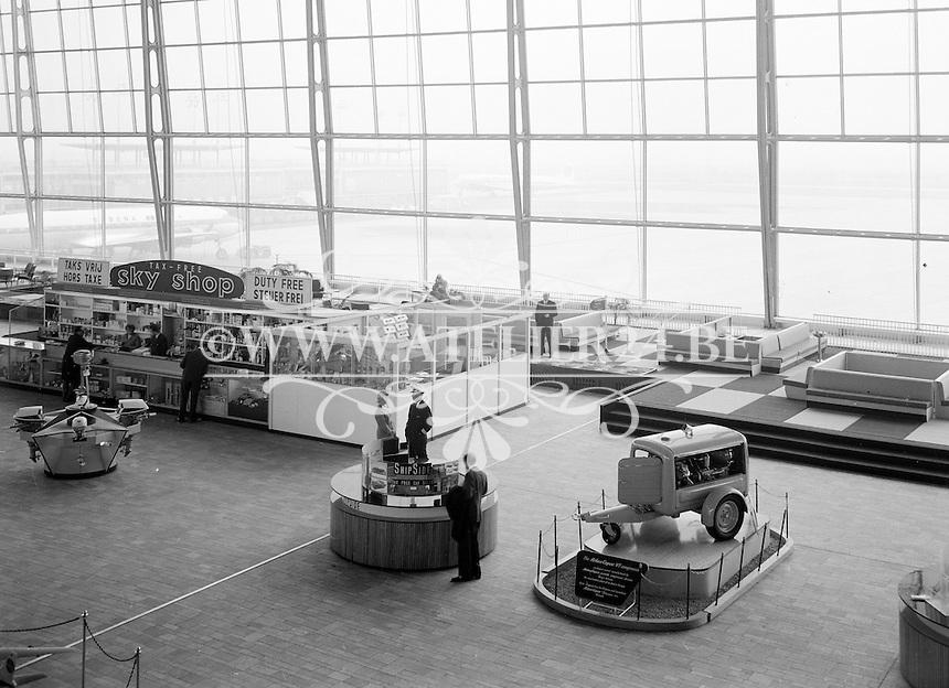 November 1961.   Atlas Copco. Luchthaven Zaventem.