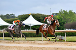 HOT SPRINGS, AR - APRIL 13:  Apple Blossom Handicap at Oaklawn Park on April 13, 2018 in Hot Springs,Arkansas. #2 Unbridled Mo with jockey Ricardo Santana and #5 Unique Bella with jockey Mike E. Smith. Arkansas. (Photo by Ted McClenning/Eclipse Sportswire/Getty Images)