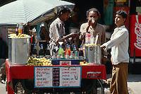 Indien, Bombay (Mumbai), Getränkestand