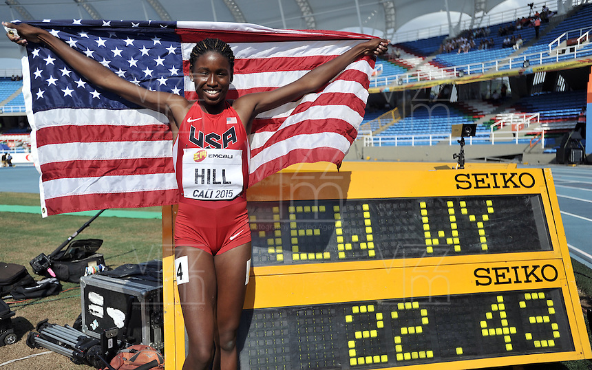 CALI - COLOMBIA - 19-07-2015: Candace Hill de Estados Unidos, Medalla de oro en la prueba de los 200 metros en el estadio Pascual Guerrero sede, sede IAAF Campeonatos Mundiales de la Juventud Cali 2015.   / Candace Hill of United States, gold medal in the test of the 200 meters, in the Pascual Guerrero home of the IAAF World Youth Championships Cali 2015. Photos: VizzorImage / Luis Ramirez / Staff.