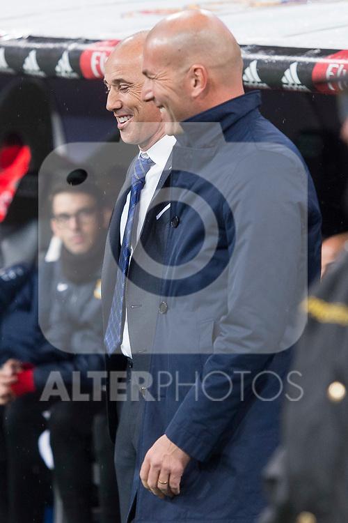 Real Madrid coach Zinedine Zidane and Fuenlabrada coach Antonio Calderon during return match of King's Cup between Real Madrid and Fuenlabrada at Santiago Burnabeu Stadium in Madrid, Spain. November 28, 2017. (ALTERPHOTOS/Borja B.Hojas)