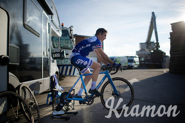 Jonathan Page (USA/XcelLED) warming up<br /> <br /> Jaarmarktcross Niel 2014