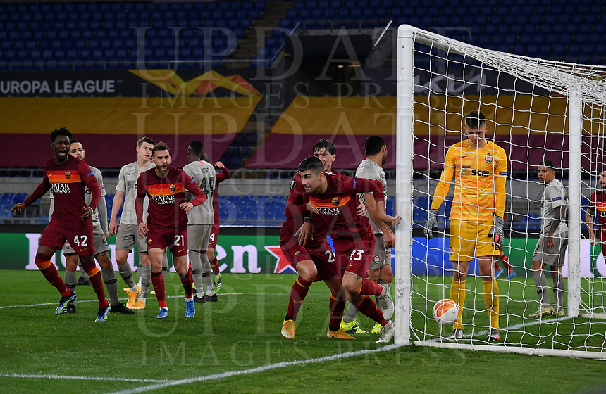 Football Soccer: Europa League -Round of 16 1nd leg AS Roma vs FC Shakhtar Donetsk, Olympic Stadium. Rome, Italy, March 11, 2021.<br /> Roma's Gianluca Mancini (second R) celebrates after scoring during the Europa League football soccer match between Roma and  Shakhtar Donetsk at Olympic Stadium in Rome, on March 11, 2021.<br /> UPDATE IMAGES PRESS/Isabella Bonotto