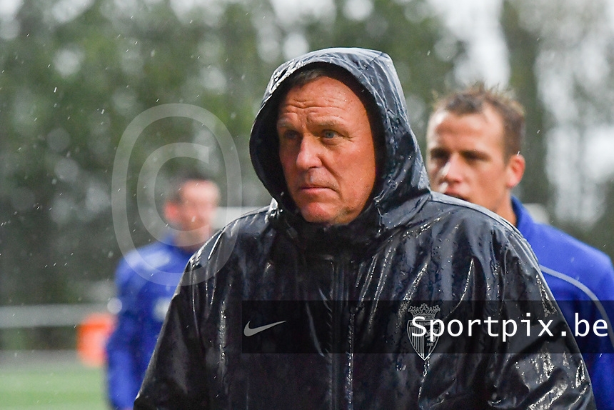 KSV RUMBEKE - KSC WIELSBEKE :<br /> Rumbeke coach Geert Broeckaert<br /> <br /> Foto VDB / Bart Vandenbroucke