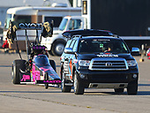 NHRA Mello Yello Drag Racing Series<br /> AAA Insurance NHRA Midwest Nationals<br /> Gateway Motorsports Park, Madison, IL USA<br /> Saturday 30 September 2017 Antron Brown, Matco Tools, top fuel dragster, Sequoia, Support vehicle<br /> <br /> World Copyright: Mark Rebilas<br /> Rebilas Photo