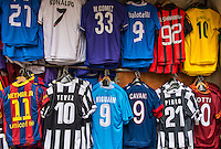 Soccer star player team futball jerseys for sale, Italy