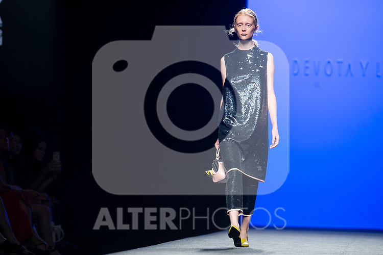 A model walks the runway at the 'Devota y Lomba' catwalk during the Mercedes-Benz Madrid Fashion Week Spring/Summer in Madrid, Spain. July 09, 2018. (ALTERPHOTOS/Borja B.Hojas)