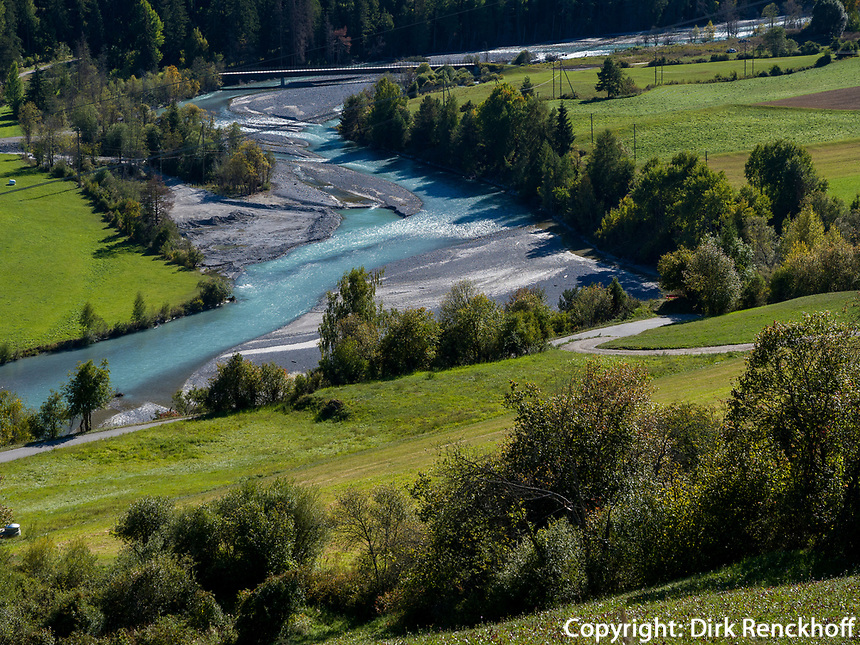 Inntal bei Sent bei Scuol, Unterengadin, Graubünden, Schweiz, Europa<br /> river Inn near Sent, Scuol Valley, Engadine, Grisons, Switzerland