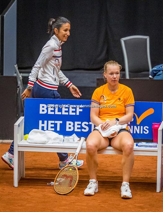 Den Bosch, The Netherlands, April 15, 2021,    Maaspoort, Billy Jean King Cup  Netherlands -  China : practice, Kiki Bertens (NED) with her coach EliseTamaëla (NED)<br /> Photo: Tennisimages/Henk Koster