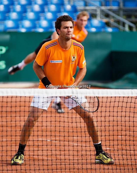 12-09-12, Netherlands, Amsterdam, Tennis, Daviscup Netherlands-Swiss, Training Netherlands, Jean-Julien Rojer (foreground)and Thiemo de Bakker in the doubles.