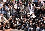 The media circus.(©Robert vanWaarden, Bali, Indonesia, Dec 11, 2007)