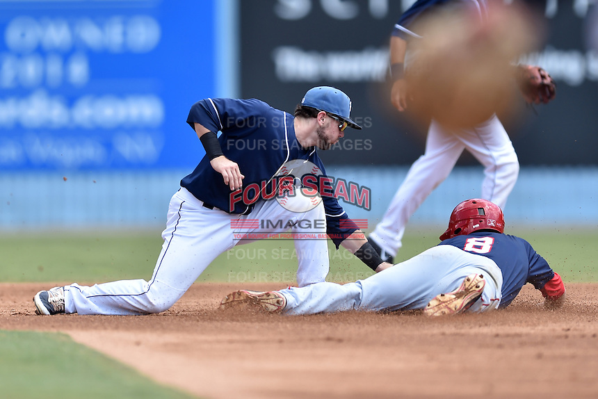 Asheville Tourists second baseman Max George (3) fields the ball and tags out Rhett Wiseman (8) during a game against the Hagerstown Suns at McCormick Field on September 5, 2016 in Asheville, North Carolina. The Suns defeated the Tourists 9-5. (Tony Farlow/Four Seam Images)