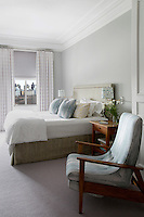 Modern bright bedroom