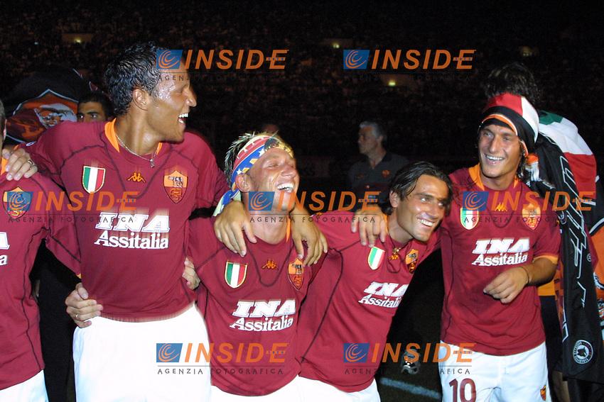 Esultanza Zebina Cassano Totti e Montella<br /> <br /> Roma 19/8/2009 Supercoppa Italiana<br /> <br /> Roma Fiorentina 3-0<br /> <br /> Foto Andrea Staccioli Insidefoto