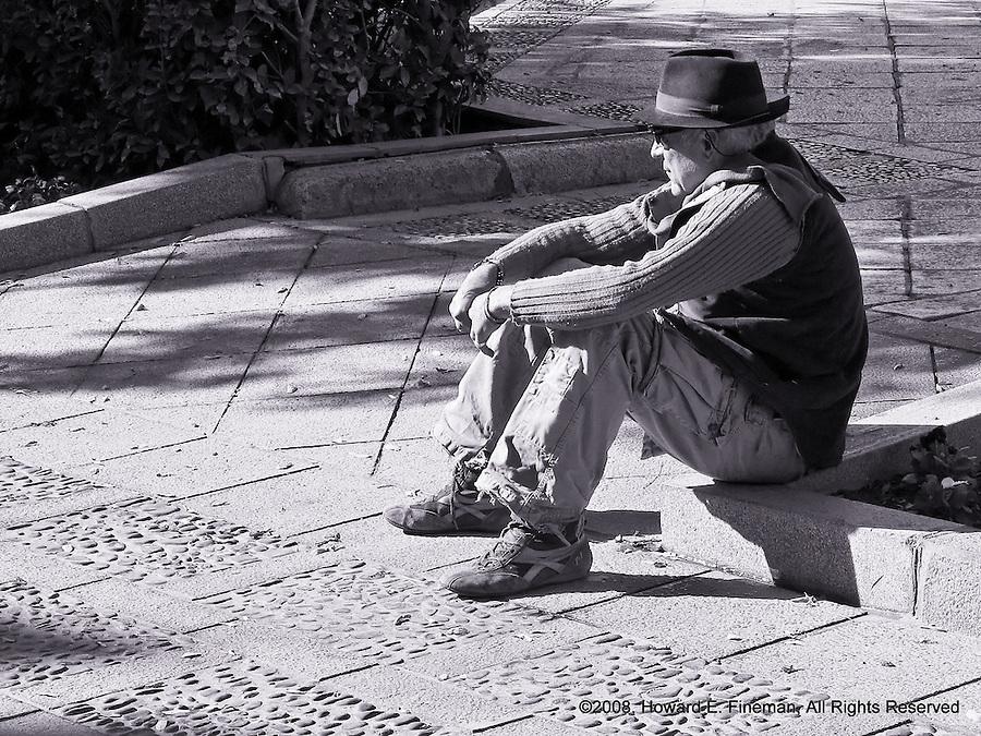 Sunday Leisure, Seville